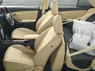 """A15""""G-plusパッケージ""""(2WD)。内装色はフラクセン。オプション装着車。"""