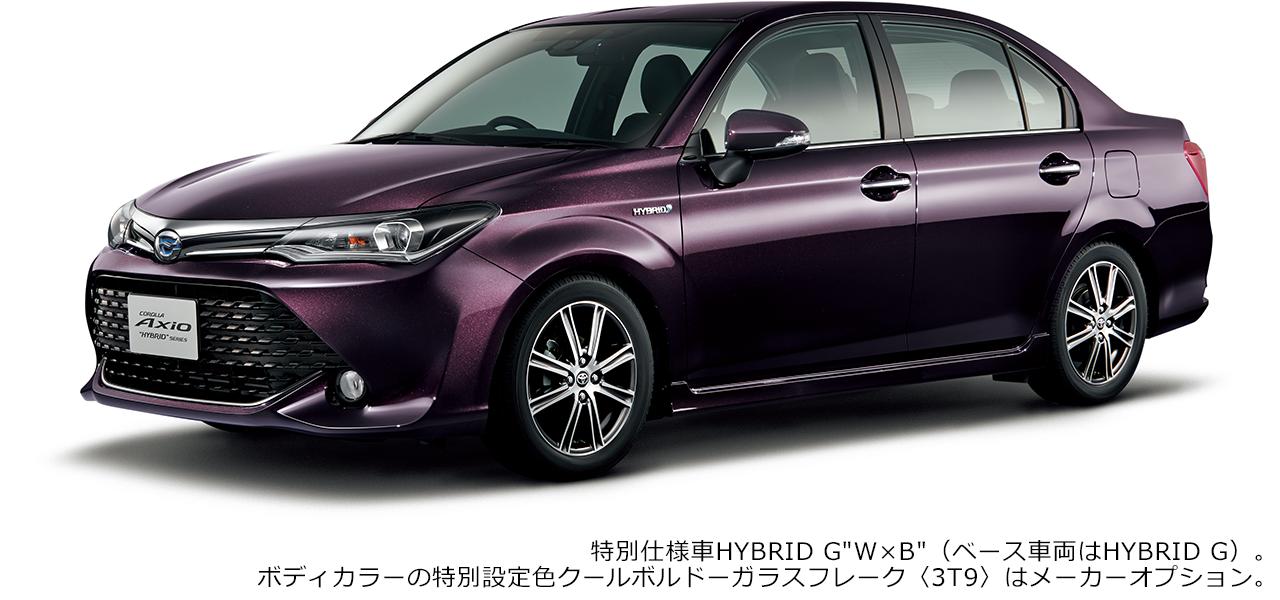 """特別仕様車 HYBRID G""""W×B""""(ベース車両はHYBRID G)。ボディカラーの特別設定色クールボルドーガラスフレーク〈3T9〉はメーカーオプション。"""