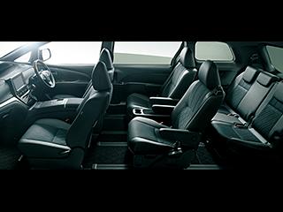 エスティマ AERAS PREMIUM-G(E-Four・7人乗り)。内装色はブラック。シート色はブラック。オプション装着車。