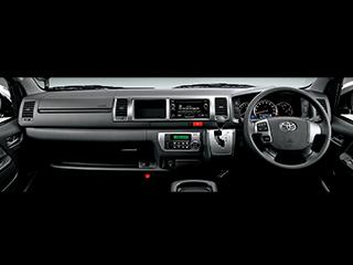 2WD・2700ガソリン・グランドキャビン。内装色はダークグレー。オプション装着車。