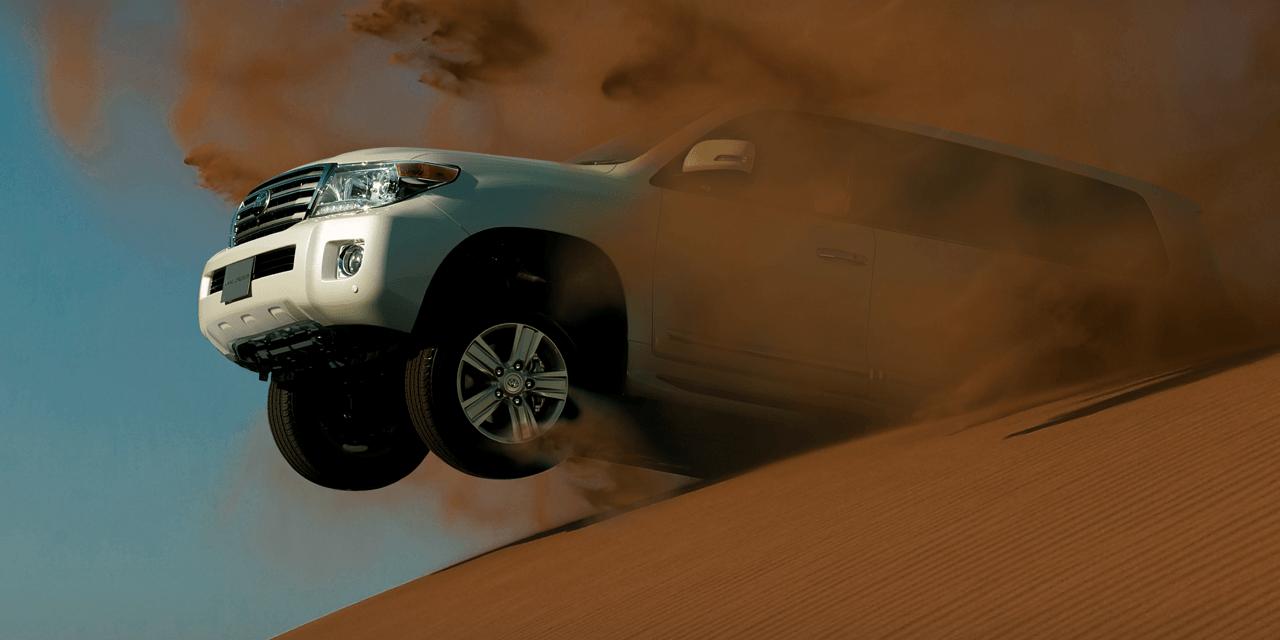 強靭な走りを生み出す源、 4.6L V8エンジン。