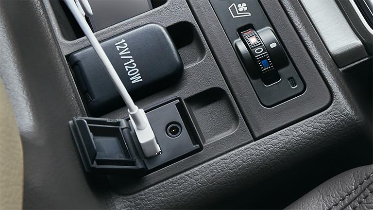 Land Cruiser Car Interior >> トヨタ ランドクルーザー プラド   室内   ナビ・オーディオ   トヨタ自動車WEBサイト