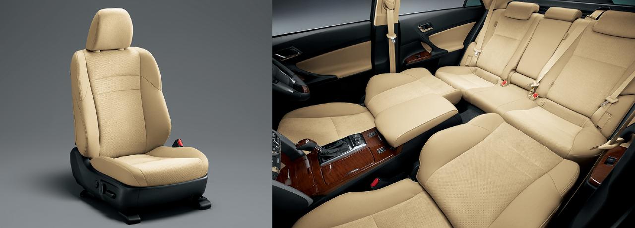 運転席8ウェイパワー+助手席4ウェイパワーシート/運転席パワーイージーアクセスシステム/運転席4ウェイ電動ランバーサポート