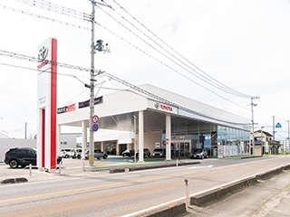 福島トヨタ自動車 喜多方店の外観写真