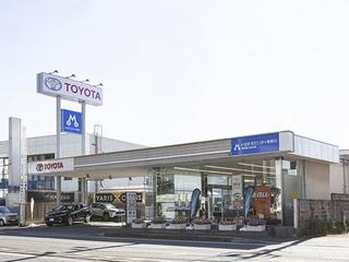 トヨタモビリティ神奈川 横須賀久里浜店(旧:神奈川トヨタ横須賀店)の外観写真