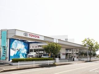 トヨタモビリティ神奈川 茅ヶ崎店(旧:神奈川トヨタ茅ヶ崎店)の外観写真