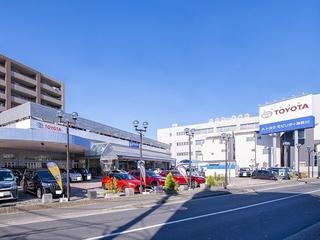 トヨタモビリティ神奈川 港北店(旧:ネッツトヨタ横浜マイネッツ港北)の外観写真