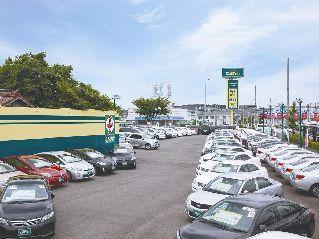 愛知トヨタ自動車 キャラット尾張旭店の外観写真