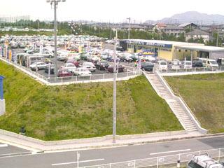 兵庫トヨタ自動車 マイカーランド藤原台の外観写真