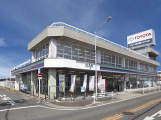 名古屋トヨペット 辻町店の外観写真