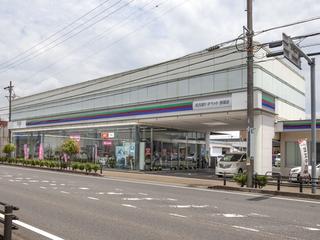 名古屋トヨペット 西尾店の外観写真