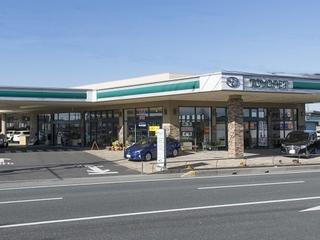 三重トヨペット 松阪塚本店の外観写真
