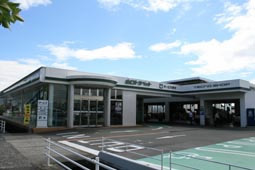 山口トヨペット 防府東店の外観写真