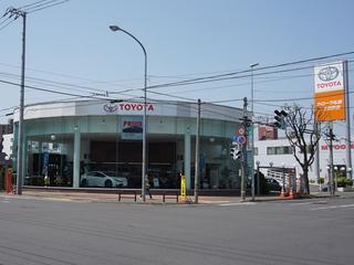 トヨタカローラ札幌 二十四軒店の外観写真