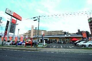 トヨタカローラ宮城 中山店の外観写真
