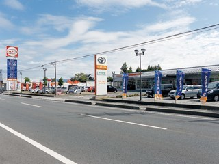 トヨタカローラ山形 みどり町店の外観写真