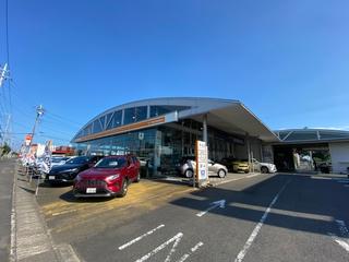 トヨタカローラ新茨城 勝田昭和通り店の外観写真