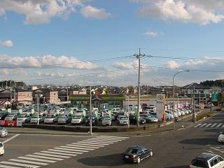 トヨタカローラ栃木 U-Car鶴田店の外観写真