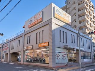 トヨタカローラ埼玉 南越谷店の外観写真