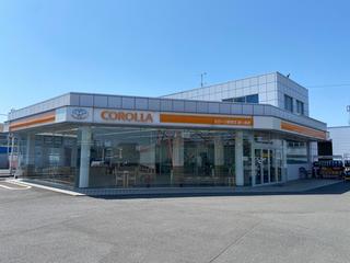 トヨタカローラ新埼玉 鶴ケ島店の外観写真