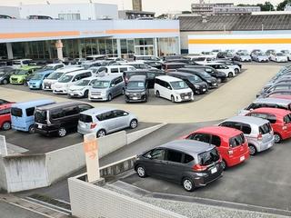 トヨタカローラ新埼玉 日進マイカーセンターの外観写真