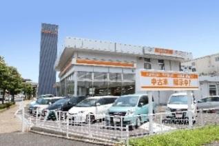 トヨタカローラ千葉 塩浜店U-Car展示場の外観写真