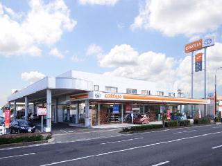 トヨタカローラ新潟 新潟桜木店の外観写真