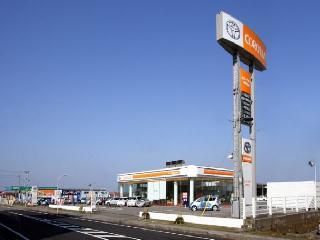 トヨタカローラ新潟 新発田店の外観写真