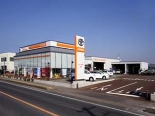 トヨタカローラ新潟 巻店の外観写真