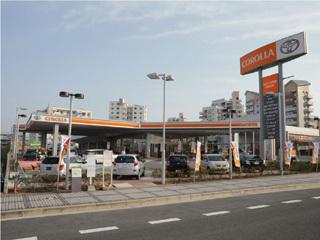 トヨタカローラ京都 木津川台店の外観写真