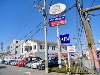トヨタカローラ新大阪 アウトレット寝屋川店の外観写真