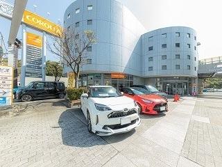 トヨタカローラ和歌山 シーズ秋葉山店の外観写真