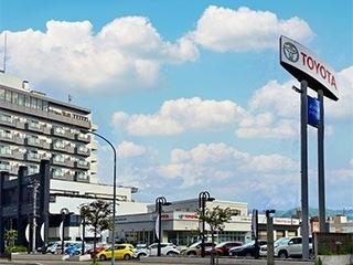 ネッツトヨタ道都 U-MEGA山の手店の外観写真